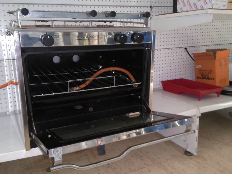 Cocina con horno a gas de segunda mano 67685 cosas de barcos for Cocinas de segunda mano de gas