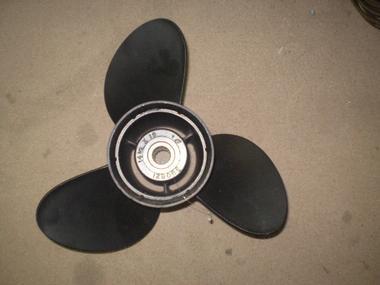 HELICE 14 1/2 X 16  3 PALAS INOX 390821 Motores