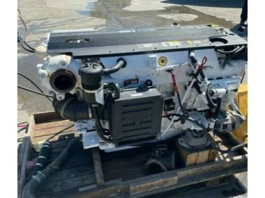TWO  MARINE ENGINE VOLVO D6 OF 375 HP Motores