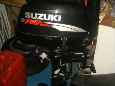 Motor suzuki 6 hp 4 t de segunda mano 50657 cosas de barcos for Suzuki 2 5 hp motor