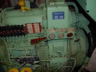 CAJA REDUCTORA MOTOR PRINCIPAL Motores