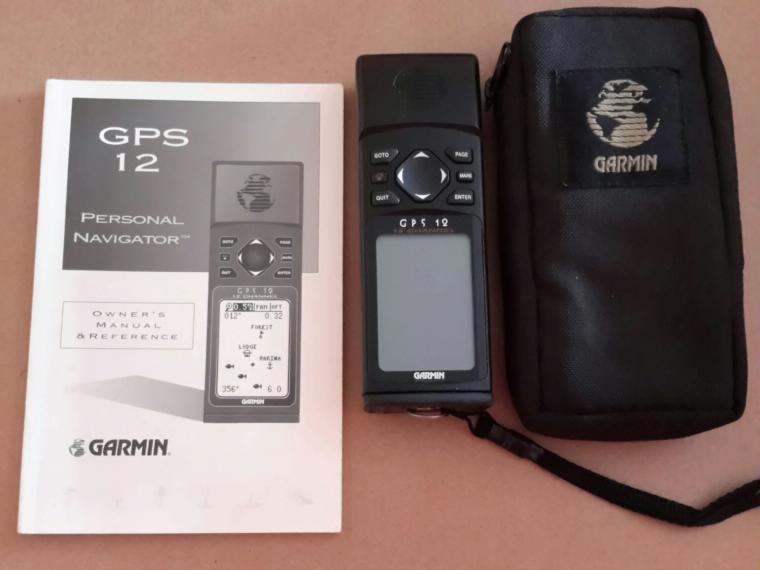 gps modelo garmin 12 channel de segunda mano 70686 cosas de barcos rh cosasdebarcos com Garmin GPS Instruction Manual Garmin GPS 12 Channel Manual