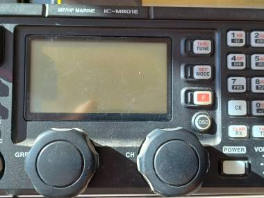 BLU Icom IC M801E Electrónica