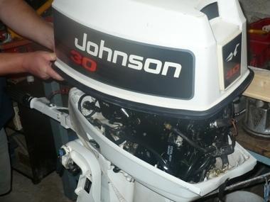 Motor fuera borda con mando 30 cv - 2 tiempos Motores