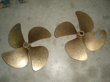 Helices Radice en bronce 18 x14  eje 35mm NUEVAS Motores