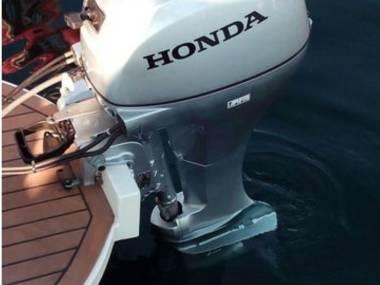 FB Honda 15 CV cola larga impecable Motores