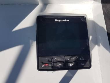Autopilota Raymarine Ev-100 - attuatore a ruota Electrónica