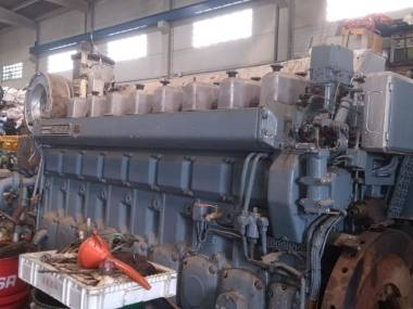 Wartsila 8R22 of 1600 hp to 900 r.p.m Motores