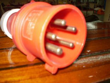 ENCHUFE MACHO 5 PINS 64MM DIAMETRO CONEXION Electricidad