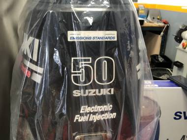 Motor fueraborda Suzuki 50HP Motores