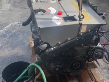 Motor Yanmar 4BY180 Motores