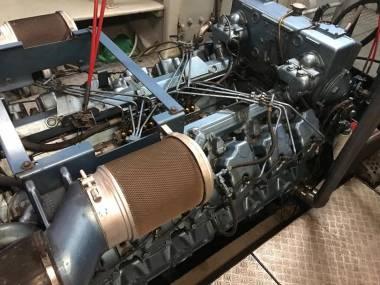 Baudouin 12M26 900 c.v a 1800 r.p.m Motores