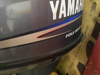 Yamaha four 13,5cv Motores