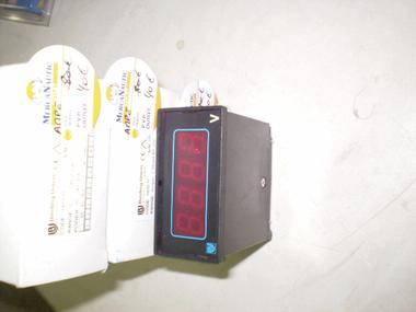 VOLTIMETRO DIGITAL BINDING 10-40VDC Electricidad