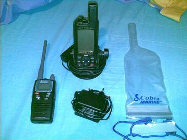 Radioteléfono VHF marino cobra y gps antiguo Electrônica