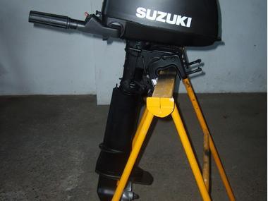 motor fueraborda suzuki 4cv cola larga. documentado Motores