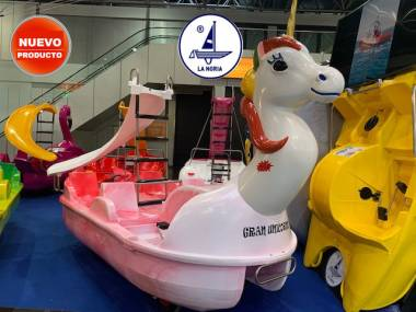Hidropedal Gran Unicornio Navegación