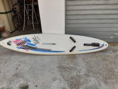 Vendo tabla windsurf y vela Windsurf