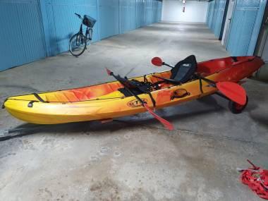 KAYAK + REMORQUE Kayaks/Piraguas