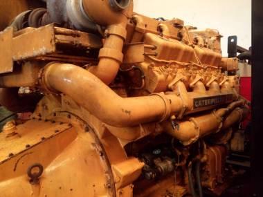 MARINE ENGINE CATERPILLAR D379 710 H.P Motores