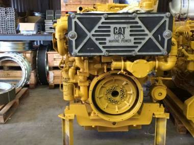 marine engine caterpillar 3412E of 780 h.p to 1800 r.p.m very good condiction  --------------------------------------------- En venta motor marino caterpillar 3412E de 780 h.p a 1800 r.p.m Motores