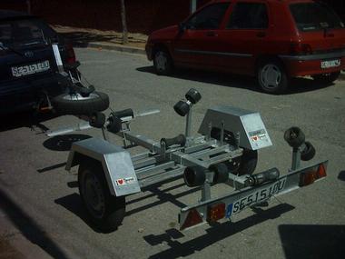 remolque ,papeles,barco maximo 4m y 450 kilos,rueda de repuesto Outros