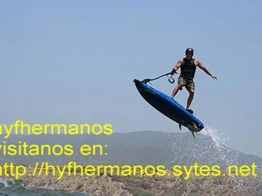 ESPECTACULAR TABLA DE SURF 4 TIEMPOS 10 cv DE POTENCIA Esqui naut./Wakeboard