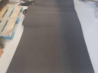 Aislamiento acœstico de espuma de poliuretano, gris oscuro. Paneles de 1800 x 100 x 5 cm Otros