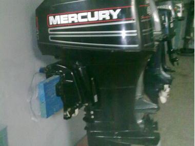 MOTOR MERCURY 40CV EJE CORTO Y MANDO A DISTANCIA Motores