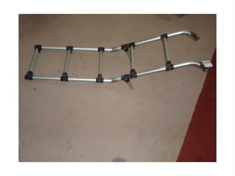 Escalera aluminio plegable 5 pelda os 190 32cm de segunda for Escalera aluminio 5 peldanos