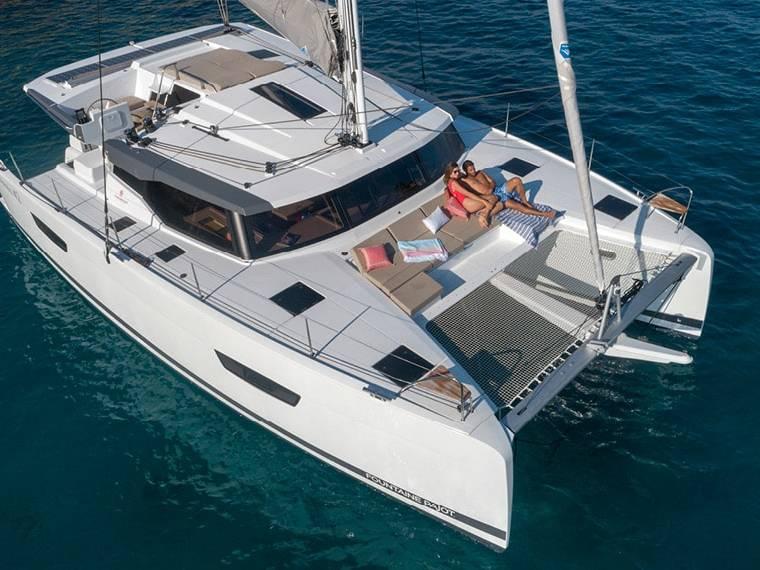 Fountaine Pajot Astréa 42 Catamaran de vela