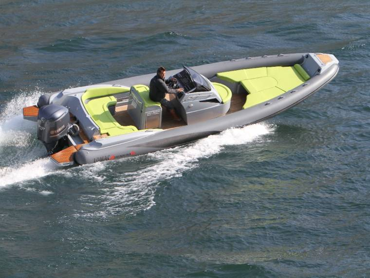 Lomac Adrenalina 8.5 Embarcación semirrígida