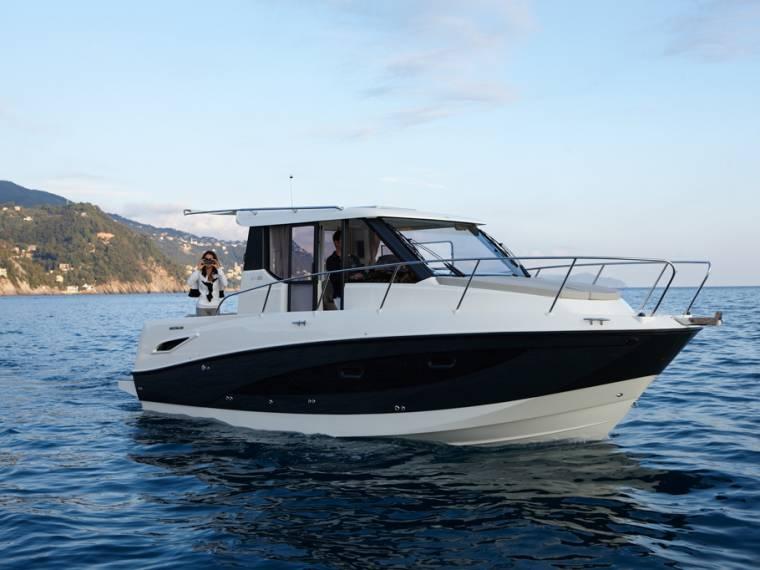 Quicksilver Activ 855 Weekend Embarcação de cruzeiro