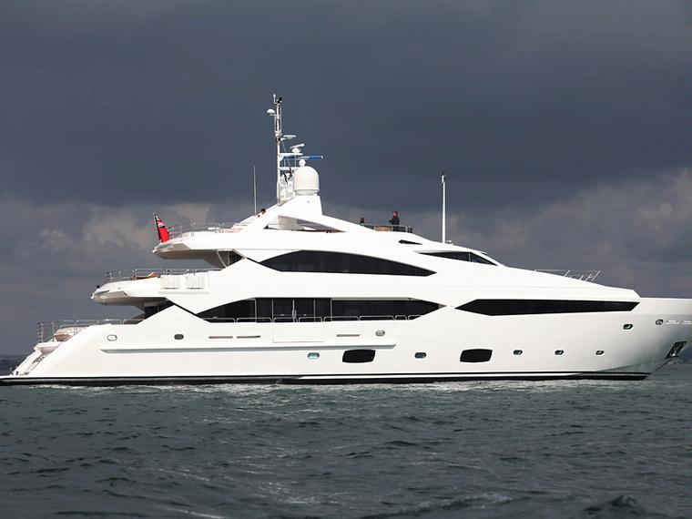 Barco sunseeker 40m yacht cosas de for Barcos sunseeker nuevos