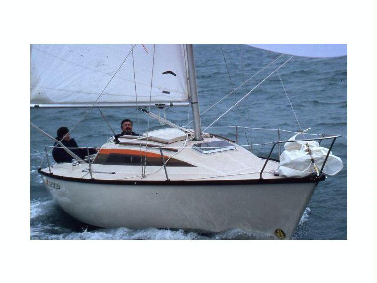 Beneteau First 22