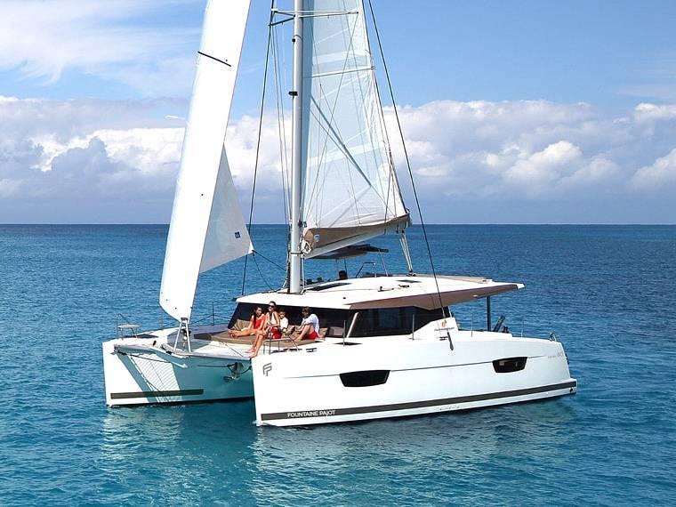 Fountaine Pajot Lucia 40 Catamaran de vela