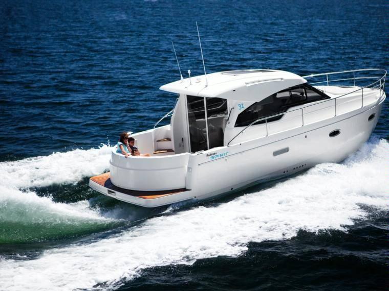 Rodman Spirit 31 Hardtop Inboard Version Embarcação cabinada