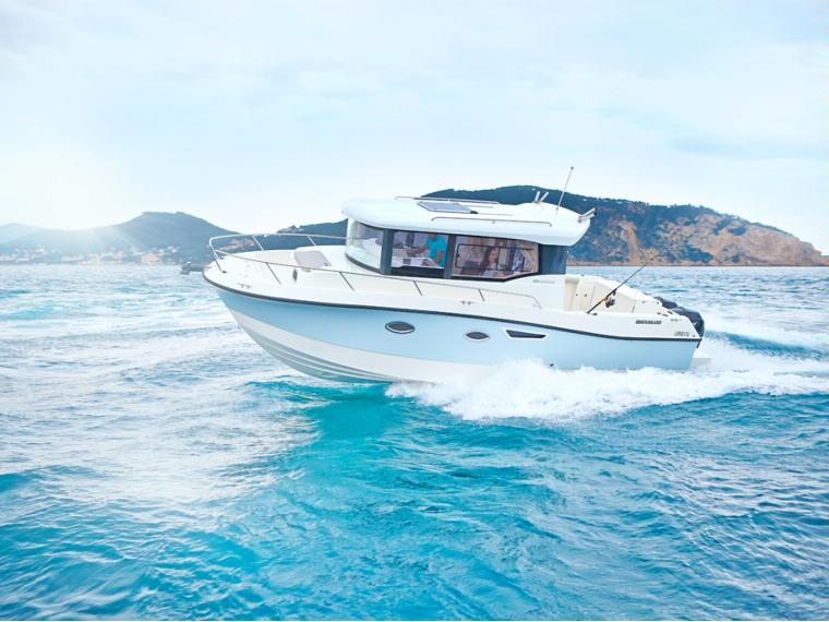 Quicksilver Captur 905 Pilothouse Embarcación cabinada