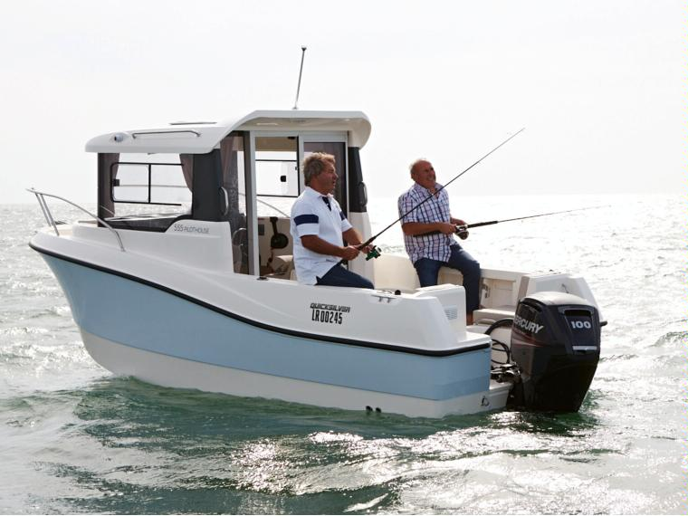 Quicksilver Captur 555 Pilothouse Barco de pesca/paseo