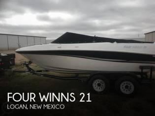 Four Winns 21