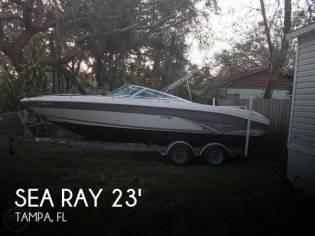 Sea Ray 230 BR Signature