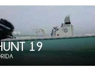 Sea Hunt 19 Navigator