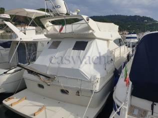 Ferretti Yachts F43