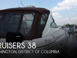 Cruisers Yachts Esprit 3870