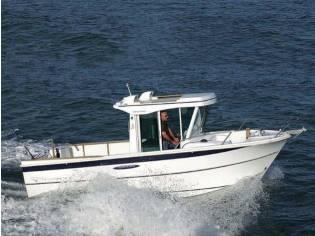 Beneteau Antares 700 Fishing