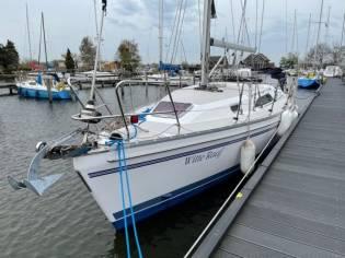 Catalina Yachts Catalina 355