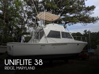 Uniflite 38 Convertible