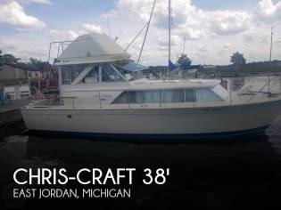 Chris-Craft Commande Sedan