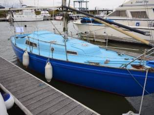 Marcon Cutlass 27