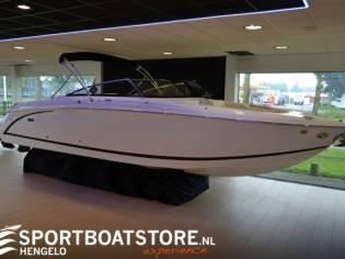 Cobalt R30 Bowrider